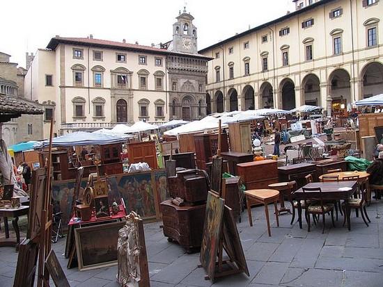 arezzo-antique-monthly-market