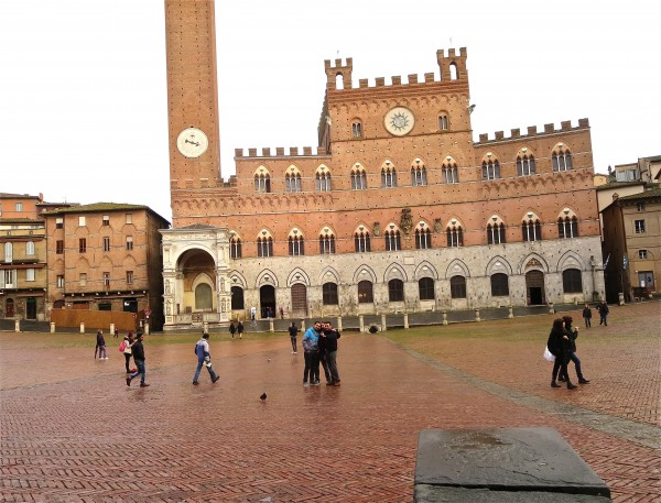 Campo in SIena, where the palio takes place in the summer
